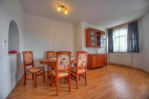 Apartments Peran, Ferienwohnungen  Šibenik - big - 34