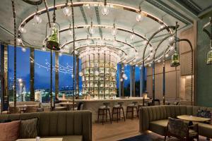 Four Seasons Hotel Hong Kong (20 of 81)