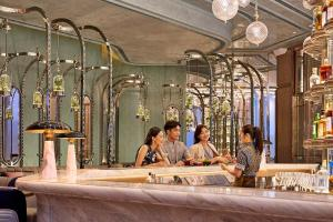 Four Seasons Hotel Hong Kong (22 of 81)