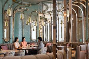 Four Seasons Hotel Hong Kong (21 of 81)