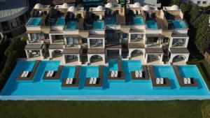 The Ixian All Suites - Adults Only