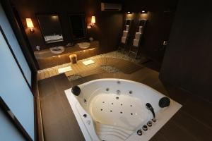 Luxury Villas at Ombak Villa Langkawi, Villas  Pantai Cenang - big - 39