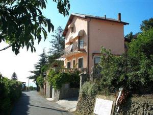 La tana del tasso Ventimiglia - AbcAlberghi.com