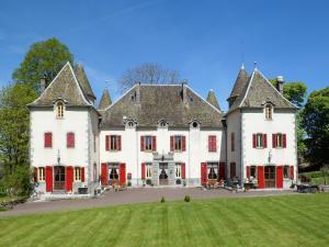 . Chateau De Chazelles