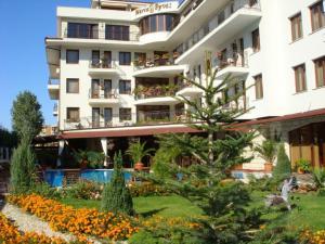 Villa Maria Revas