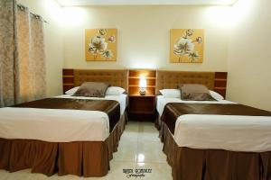 Twin Room with Private Bathroom Marias Bed & Breakfast