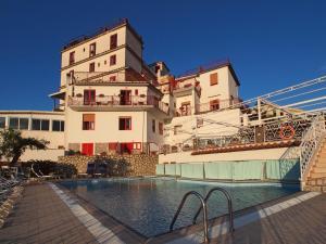 Hotel Dania - AbcAlberghi.com