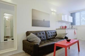Apartment Retro