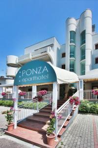 Aparthotel Ponza - AbcAlberghi.com