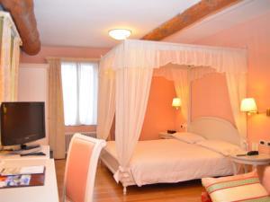 Moena Hotels