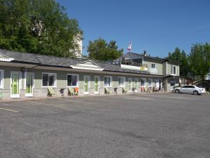 Haileybury Beach Motel - Accommodation - Haileybury
