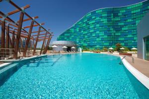 Hilton Capital Grand Abu Dhabi..