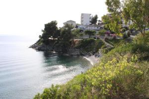 Hostales Baratos - Akrotiri Hotel