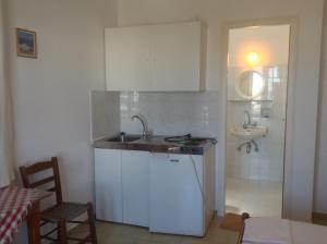 Rania Apartments Antiparos Greece
