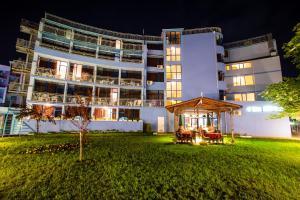 Bohemi Hotel -Inclusive