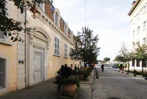 Accommodation in Neuville-sur-Saône