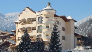 Hippach Hotels