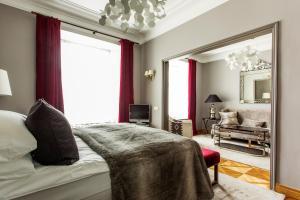 Hotel St. Petersbourg (37 of 41)