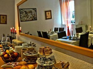 Hotel Saarblick Mettlach, Hotels  Mettlach - big - 28