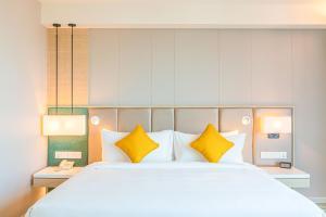 Zealax Hotel & Residence