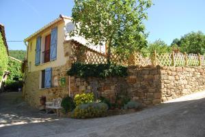 Gîte l'Ecluse au Soleil, Holiday homes  Sougraigne - big - 25
