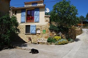 Gîte l'Ecluse au Soleil, Holiday homes  Sougraigne - big - 27