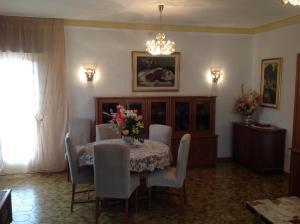 B&B Dora, Bed and Breakfasts  Colloredo di Monte Albano - big - 78