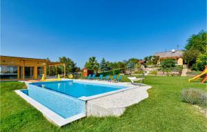 Three-Bedroom Holiday Home in Dragoslavec