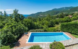 Stunning home in Icici w/ Sauna, WiFi and 4 Bedrooms