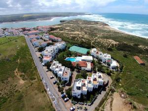 MIMI - Milfontes Miami Penthouse with rooftop infinity pool - Duna Parque Group, Aparthotels  Vila Nova de Milfontes - big - 19
