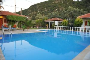 Villa Dimitris Apartments & Bungalows, Apartmány  Lefkada - big - 38