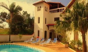 Casa & Mar Colonial