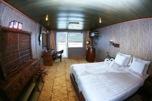 Vintage Luxury Yacht Hotel (18 of 40)