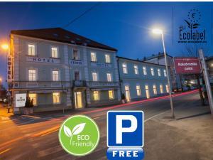 ECO Hotel Center