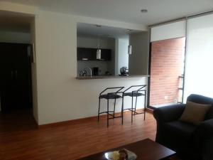 Suites Metropoli Edificio Torino, Апартаменты  Кито - big - 7