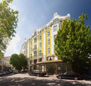 Grand Hotel London, Отели  Варна - big - 1