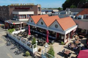 Hotel Restaurant & Casino De Nachtegaal, Лейден
