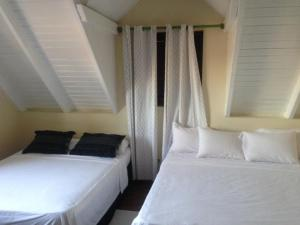 Quadruple Room with Shared Bathroom DE CUBA BED & BREAKFAST