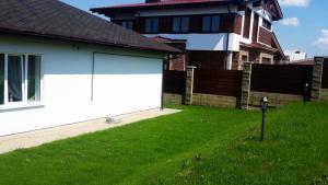 Alex House, Prázdninové domy  Borovlyany - big - 6