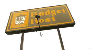 Budget Host Airport Inn, Motel  Waterville - big - 12