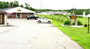 Budget Host Airport Inn, Motel  Waterville - big - 14