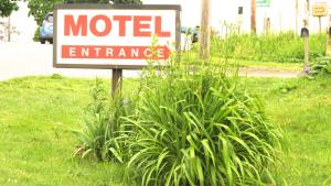 Budget Host Airport Inn, Motel  Waterville - big - 15