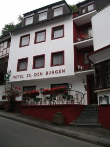 Hotel zu den Burgen - Hirzenach