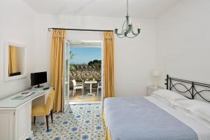 Hotel Canasta (2 of 59)
