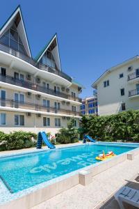 Ev Roshel Hotel - Adler