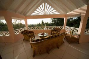 Tobago Hibiscus Golf Villas & Appartments, Apartmanhotelek  Mount Irvine - big - 52
