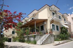 Hostales Baratos - Ammousa Hotel Apartments