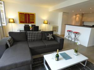Arthur Properties Rue d'Antibes