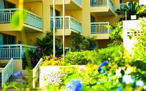 Golden Sands Hotel, Szállodák  Christ Church - big - 24