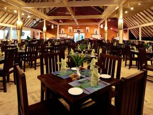 Ellaidhoo Maldives by Cinnamon, Курортные отели  Хангнаамеедхоо - big - 39